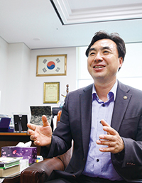 4-윤관석의원3.jpg