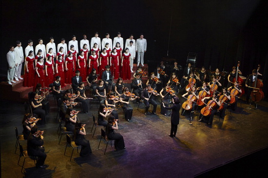▲ 그라시아스합창단이 11일 성남아트센터 오페라하우스에서 &lsquo;크리스마스 칸타타&rsquo;를 공연한다. <그라시아스합창단 제공>
