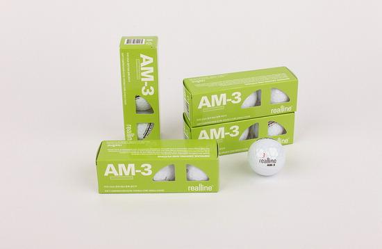 ▲ 리얼라인의 AM3 플래티넘 밸런스드 골프공.
