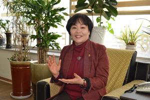 ▲ 박순자 의원이 앞으로의 각오에 대해 이야기하고 있다.<br /><br />