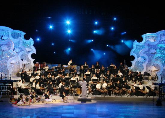 ▲ 부평아트센터서 25일 열리는 &lsquo;2018 신년음악회&rsquo;에서 KBS국악관현악단이 공연을 한다.  <부평문화재단 제공>