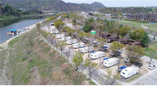 ▲ 2018년에도 한국대표 관광지로 뽑힌 연천군 한탄강오토캠핑장.