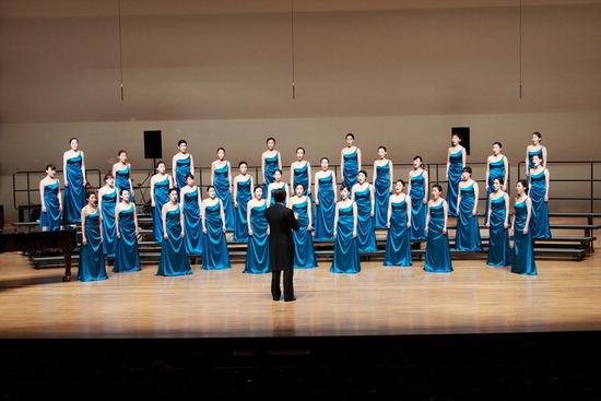 ▲ 과천시민회관 대극장에서 27일 시립여성합창단의 연주회가 열린다. <과천시립여성합창단 제공>