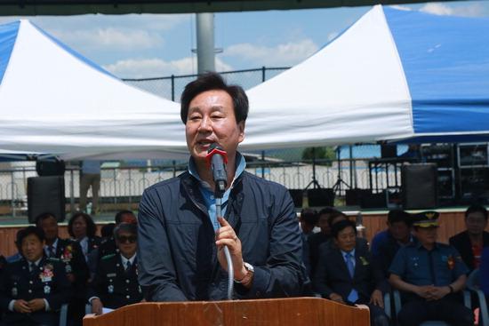 ▲ 바른미래당 김승남 양평군수 후보가 제2팔당대교 건설 등 교통공약을 제시했다.