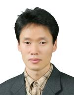김형섭 문학 박사.jpg
