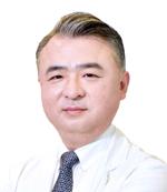 연수김안과 김학철 대표원장.jpg