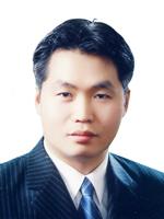 김진웅.jpg