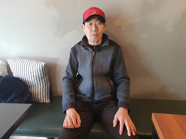 ▲ 강제징용 피해자인 이병목 씨의 아들 이규매 씨가 14~15일 일본 방문계획을 설명하고 있다. 박종현 기자 qwg@kihoilbo.co.kr.