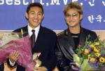 프로축구 MVP에 김대의,신인왕에 이천수