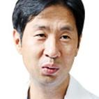 허리디스크 초기 치료 중요… 흡연, 증상 악화 큰 요인