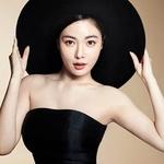 현아, 섹시미보다 눈길 가는 '꿀피부' 공개