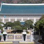 朴·검찰 긴장 속 권력수호 두 바퀴 이탈?… 결국 국정운영 부담