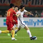월드컵축구 최종예선, 중국 돌파하는 구자철