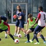 '신태용호 맞수' 잉글랜드 대표팀 열띤 훈련