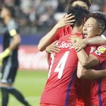 한국, 아르헨 2-1 꺾고 대회 첫 16강 확정