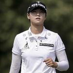 LPGA 투어 연승 노리는 박성현 '역전 가시권'