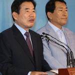"""김진표 """"종교인 과세 부작용 막으면 내년 시행도 무방"""""""