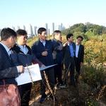 오수봉 하남시장, 한강 폐천 부지 활용 공원 조성 현장 확인