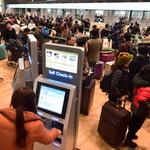 20분 안팎 입국 절차·터치 하나로 식당 안내 '최첨단 기술'에 감탄