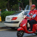 공병건 시의원 후보 오토바이 타고 '얼굴 알리기' 총력