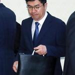 """靑 """"경찰이 송인배 비서관 소환하면 응할 것"""""""