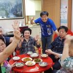 어르신들과 경로당 환경개선 논의