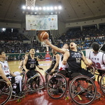 뺏길 수 없다… 전국 휠체어 농구대회 뜨거운 개막전