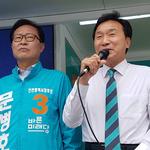 """문병호 신세계百 사거리 유세 """"기호 1·2번 그 밥의 그 나물"""""""