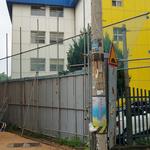 안전은 안중에도 없는 학교 앞 공사현장