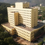 '도심 속 흉물' 과천 우정병원 21년 만에 철거