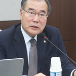 靑 '자영업비서관 신설' 조직 개편안 발표