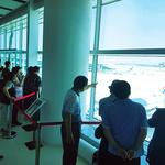 열차타고 와 시원한 실내서 사람구경 인천공항, 갈 곳 없는 노인들 '피서지'