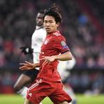 19세 정우영, UEFA 챔피언스리그 첫 무대 올랐다