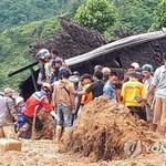 인니 쓰나미 이어 산사태까지, 중장비 접근 못해 구조 어려워