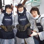 두산인프라코어 신입사원들, 소외층에 연탄 배달