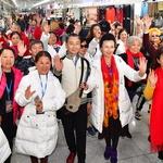 중국 공연단원들 '환한 미소'