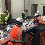 정동균 양평군수, 쓰레기 재활용품 선별 현장체험