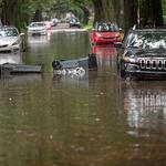 폭우에 침수된 미 뉴올리언스 거리