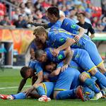 득점 기뻐하는 우크라이나 U-20 선수들…역대 첫 8강 진출