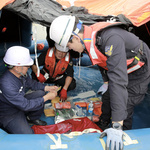 인천해경, 실전과 같은 구명뗏목 해상투하 훈련 실시