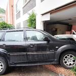 인천 수봉문화회관 수강생 차량 경비실로 돌진… 50㎝ 차이로 사고 면해