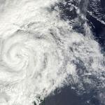 태풍 다나스 , 위력 여부에 긴장 , 힘의 세기에 가변적
