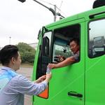 수도권매립지관리공사, 폐기물車 기사에 음료 전달