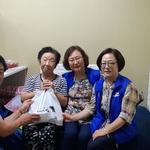 인천 계산4동 보장협·계양사회복지관 소외층 50명 찾아 온열질환 안내문 전달