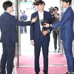 """조국 일가에 공세 수위 높인 한국당 민주당 """"가족 인권침해 말라"""" 역공"""