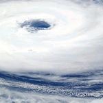 태풍 경로 , 북태평양 고기압 따라 가변적 , 구좌읍 등 양동이로 붓듯이